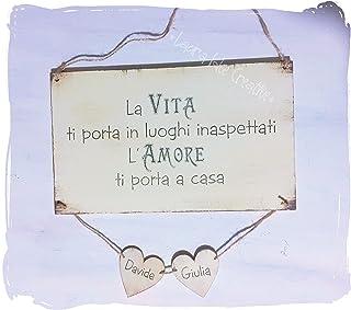 Idea regalo San Valentino - Targa personalizzata in legno con cuori e nomi