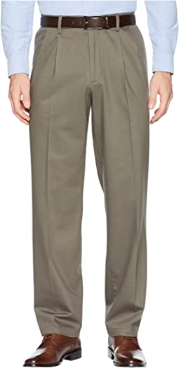 Classic Fit Signature Khaki D3 Pleated 2.0 Pants