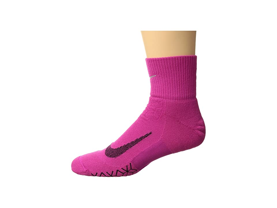 Nike Elite Cushion Quarter Running Socks (Lethal Pink/Black) Quarter Length Socks Shoes