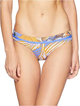 Hidden Lagoon Hipster Cut Bottom