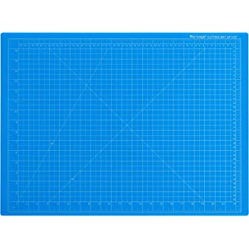 """Dahle - 10692-12591 Vantage 10692 Self-Healing Cutting Mat, 18""""x24"""", 1/2"""" Grid, 5 Layers for Max Healing, Perfect for Crafts & Sewing, Blue"""