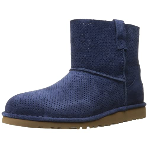 ccc43987a44 Blue UGG Boots: Amazon.com