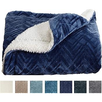 Amazon Com Home Fashion Designs Premium Reversible Sherpa And Fleece Velvet Plush Blanket Fuzzy Soft Warm Berber Fleece Bed Blanket Brand King Navy Home Kitchen