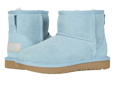 UGG Kids Classic Mini II (Little Kid/Big Kid) (Blue Crush) Girls Shoes
