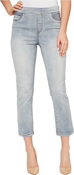 """Pull-On 25"""" Dream Jeans Capris in Bleach Wash"""