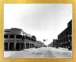 Impact Posters Gallery Framed Wall Decoration Las Vegas, Overland Hotel 1930 Vintage Motor Car Old City Black and White Golden Framed Art Print Picture (18x22)