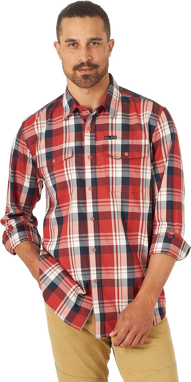 ATG by Wrangler Men's Long Sleeve Two Pocket Utility Shirt