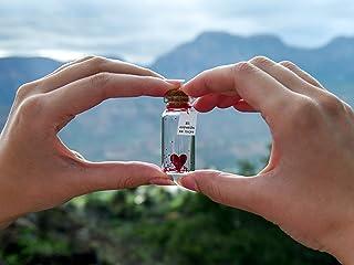 Mi corazón es tuyo. Tienes mi corazón. Mensaje en una botella. Miniaturas. Regalo personalizado. Divertida postal de amor.