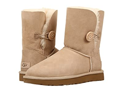 UGG Bailey Button II (Sand) Women