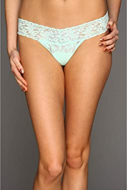 Petite Signature Lace Low Rise Thong