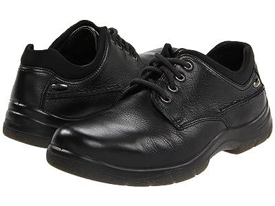 Hush Puppies Resolve (Black Leather) Men