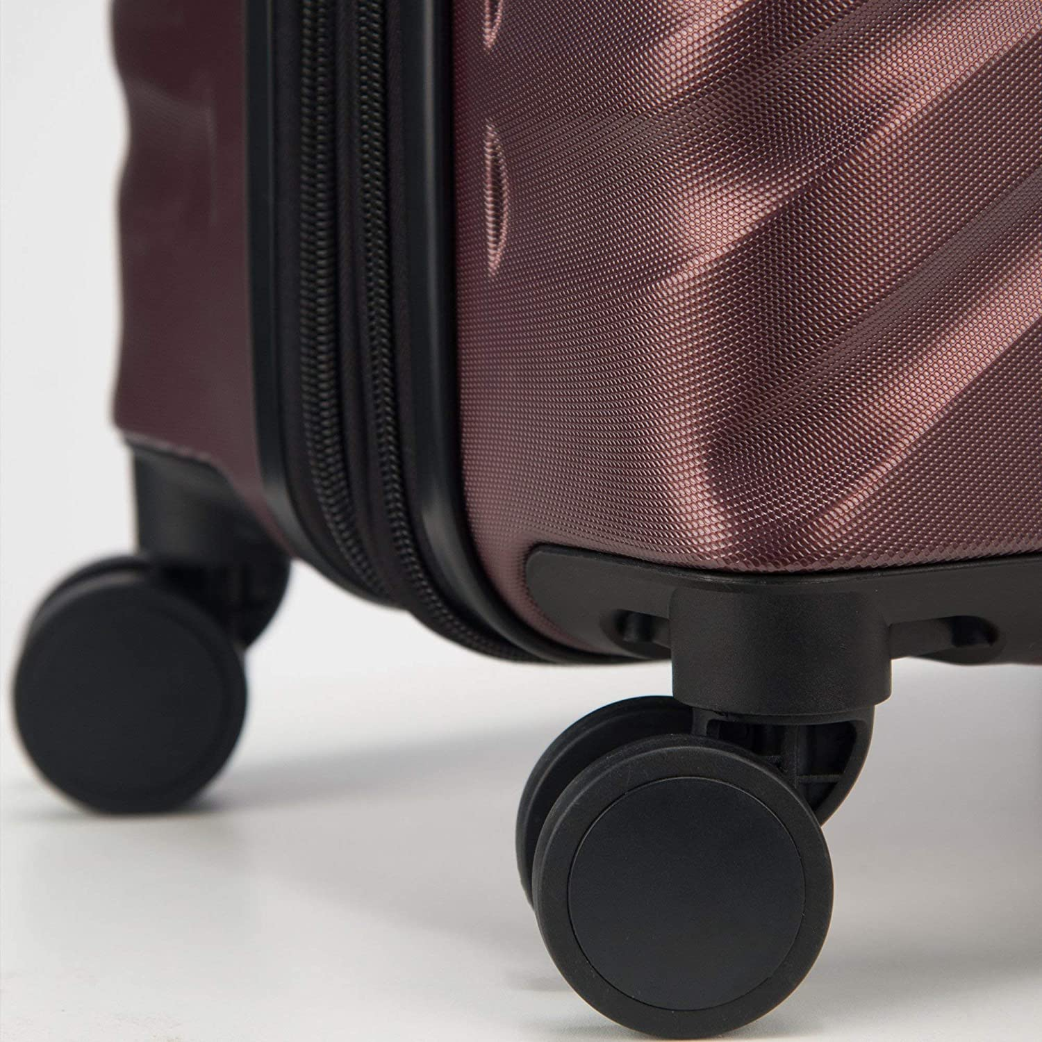 Expandable Spinner Suitcase with TSA Lock and Carry On Delsey Alexis Lightweight Luggage Set 3 Piece Double Wheel Hardshell Suitcases 21//25 Black//Rose Gold, 2-piece Set