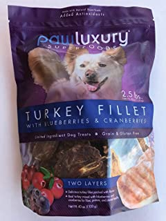 pawluxury turkey fillet superfood dog chews with blueberries and cranberries