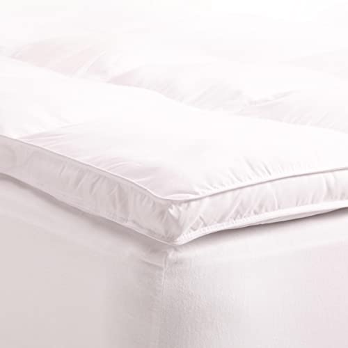 """Superior King Mattress Topper, Hypoallergenic White Down Alternative Featherbed Mattress Pad - Plush, Overfilled, and 2"""" Thick"""