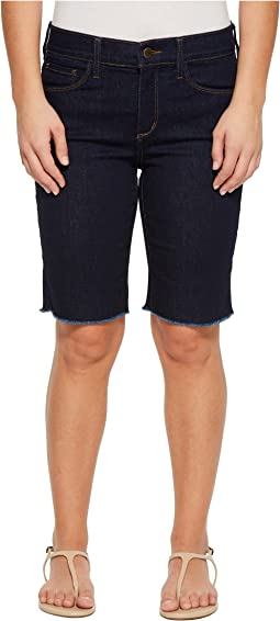 NYDJ Petite - Petite Briella Shorts w/ Fray Hem in Rinse