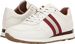 Aston Sneaker