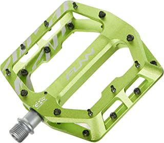 Best bicycle flat pedals Reviews