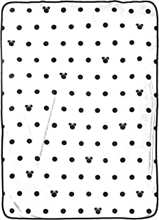 Disney Minnie Mouse Icon and Dots Blanket, Black/White