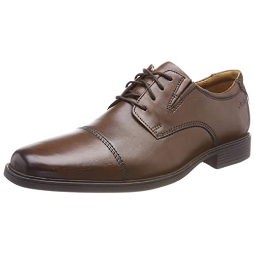 5dd3af5c6ed02 Clarks Men s Tilden Cap Oxford Shoe
