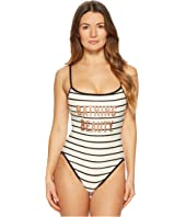 Kate Spade New York - Stinson Beach #71 One-Piece w/ Removable Soft Cups