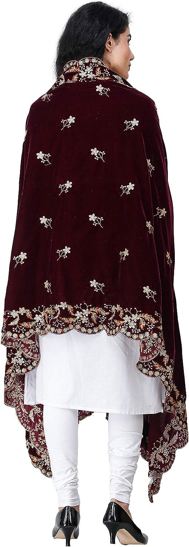 Amritsar Dupatta de terciopelo con flores bordadas y lentejuelas