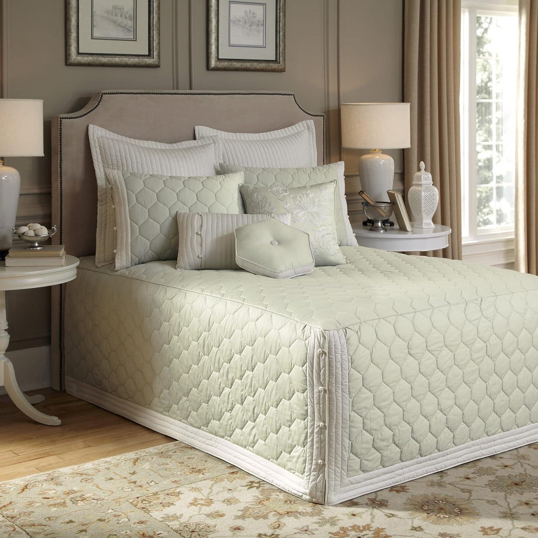 Nostalgia Home Lexington Bedspread, Twin, Green