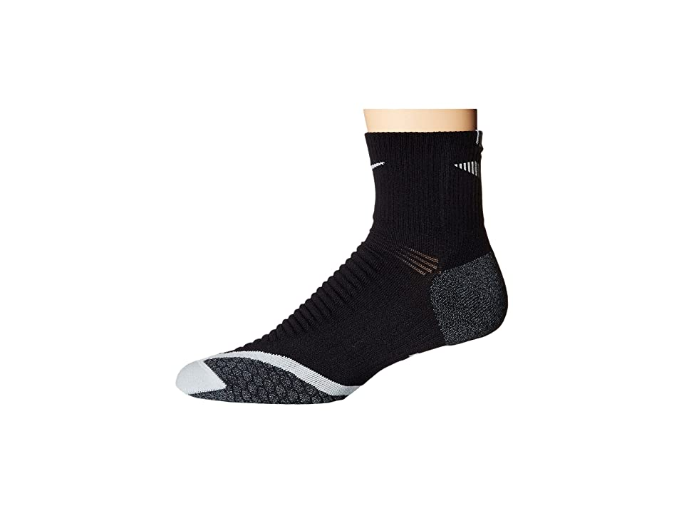 Nike Nike Elite Running Cushion Quarter (Black/Wolf Grey/Wolf Grey) Quarter Length Socks Shoes