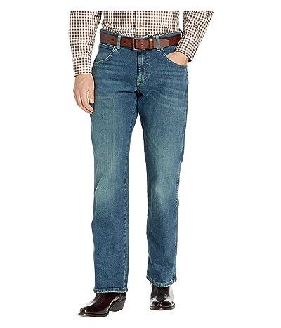 Wrangler Retro Relaxed Fit Jeans (Alpine) Men