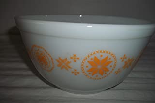 Pyrex Town and Country 402 1.5 quart Mixing Bowl