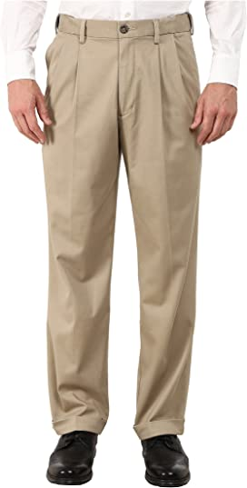 699e011c87 Dockers Comfort Khaki Stretch Relaxed Fit Flat Front at Zappos.com