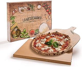 Mediterranea Piedra refractaria para pizza de horno con pala para pizza de madera, apta para todos los tipos de horno, incluye un delantal de cocina, un recetario y un cepillo limpiador.