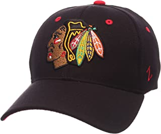 b5692d42e0f Amazon.com  NHL - Baseball Caps   Caps   Hats  Sports   Outdoors