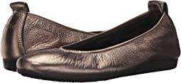 Micas/Castor Metallic Leather