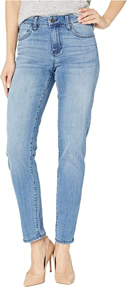 Marley Girlfriend Jeans in Crestlake