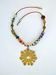 Collana tribale da donna in pelle con ciondolo africano e perline colorate, regalo per lei