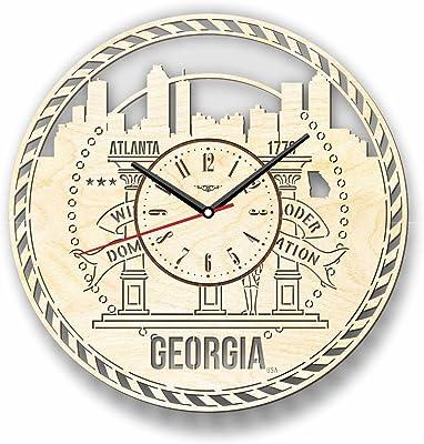 Atlanta Georgia アトランタ、ジョージア州木製掛け時計ー完璧で美しく作られたー現代アートで自宅を飾ろうー彼と彼女にユニークなギフトーサイズ12インチ(30 ㎝)
