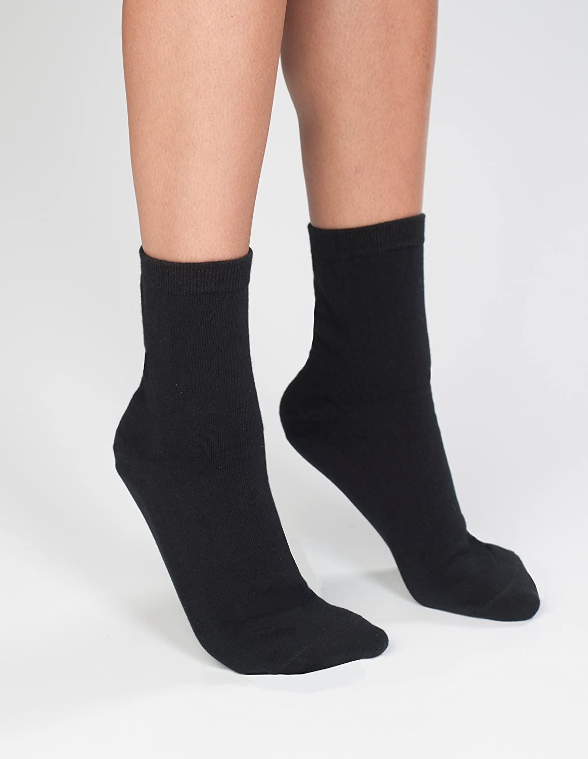 1-Pack Cheap super special price Wearever Men's Limited time cheap sale Neuropathy Gel-Lined Ess with Socks Padded
