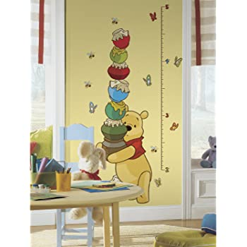RoomMates Winnie The Pooh - Pooh Peel and Stick Inches Growth Chart