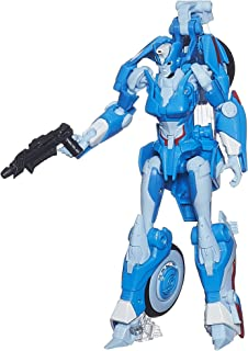 Transformers Generations Deluxe Class Chromia Figure