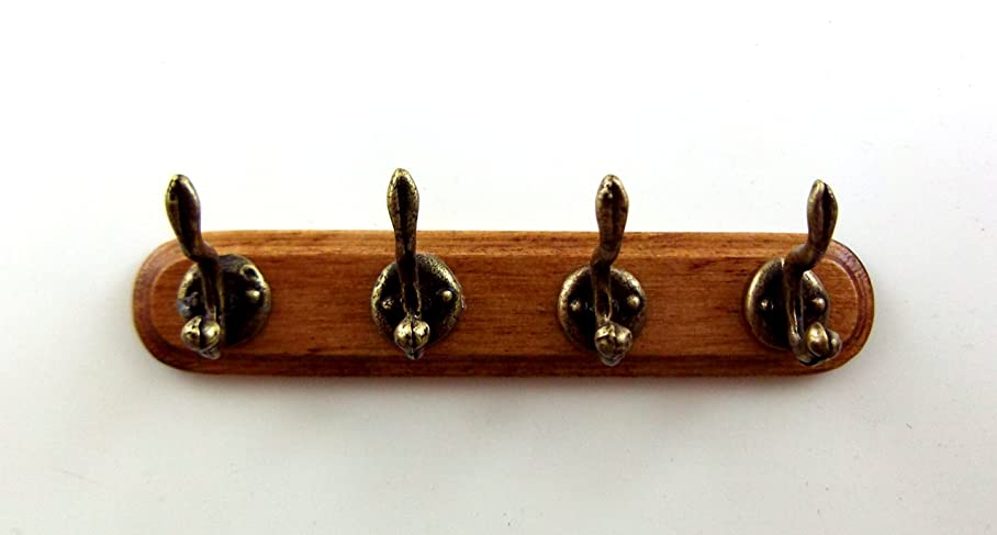 ロータリー記憶に残る雇用者Dolls House Miniature Hall Cloakroom Accessory Walnut Wooden Coat Hooks on Rack