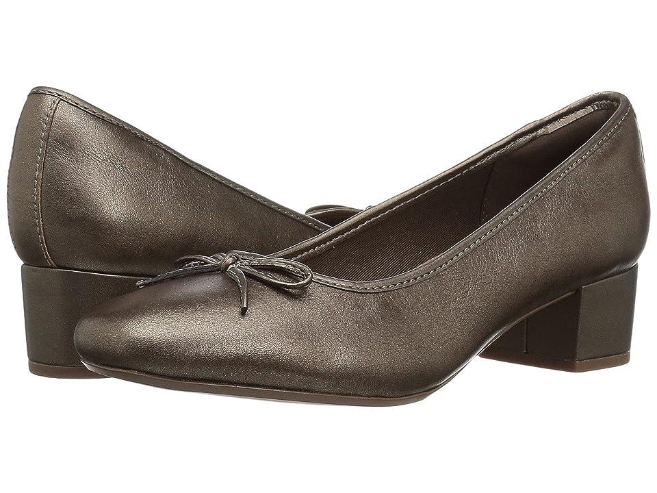 Clarks Chartli Daisy (Pewter Leather) Women