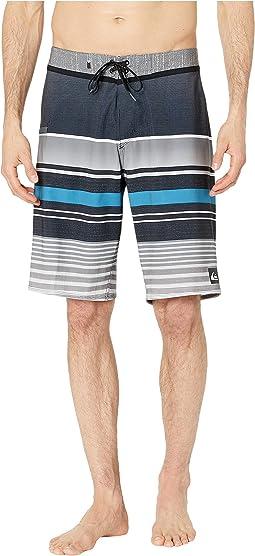 "21"" Everyday Stripe Vee 2.0 Boardshorts Swim Trunks"