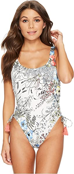 Vince Camuto - Wildflower Lace-Up U-Neck One-Piece Swimsuit w/ Removable Soft Cups