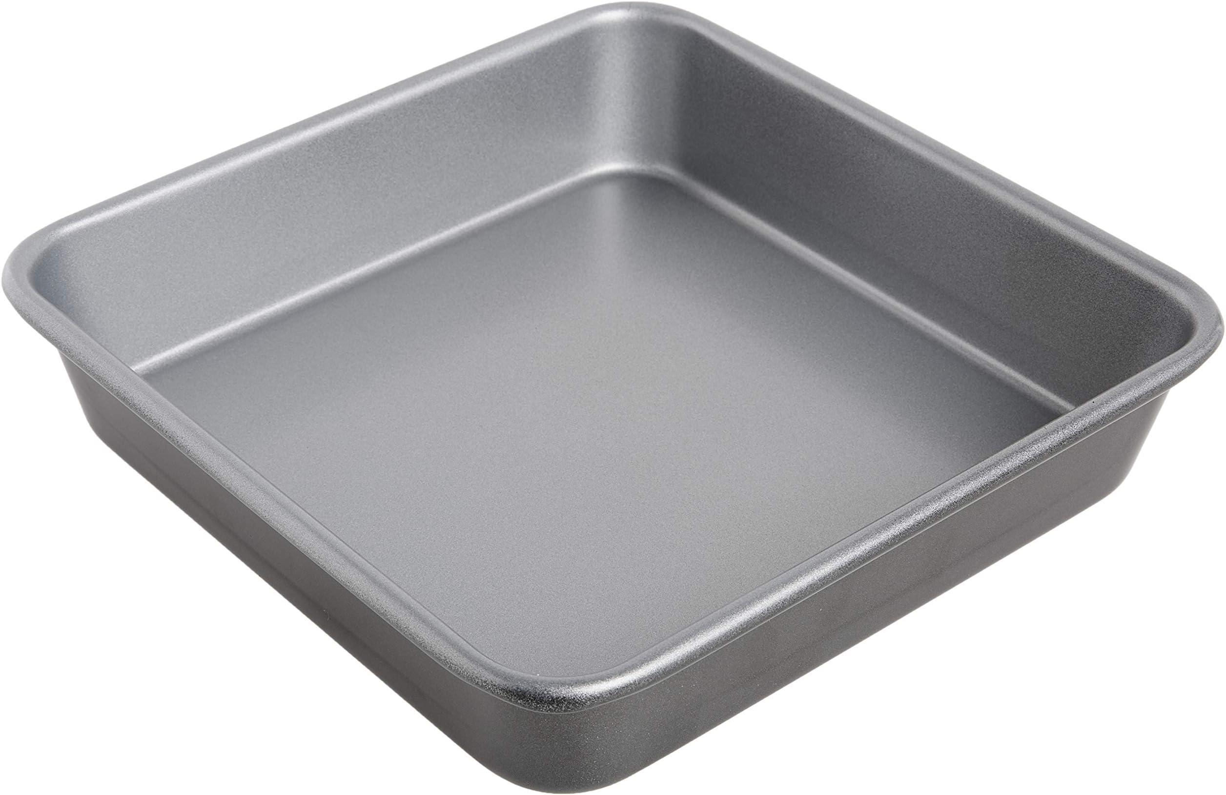 Cuisinart 9-Inch Chef's Classic Nonstick Bakeware Square Cake Pan, Silver