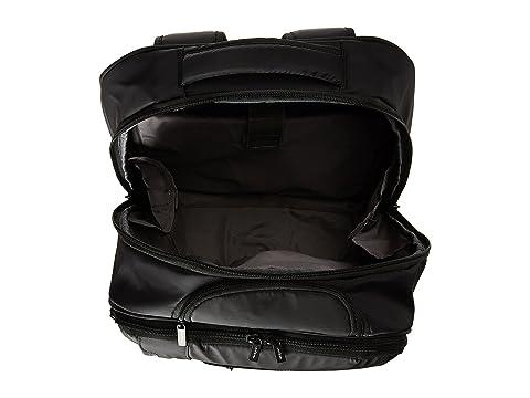 Hedgren Excitor Backpack On Wheels 17