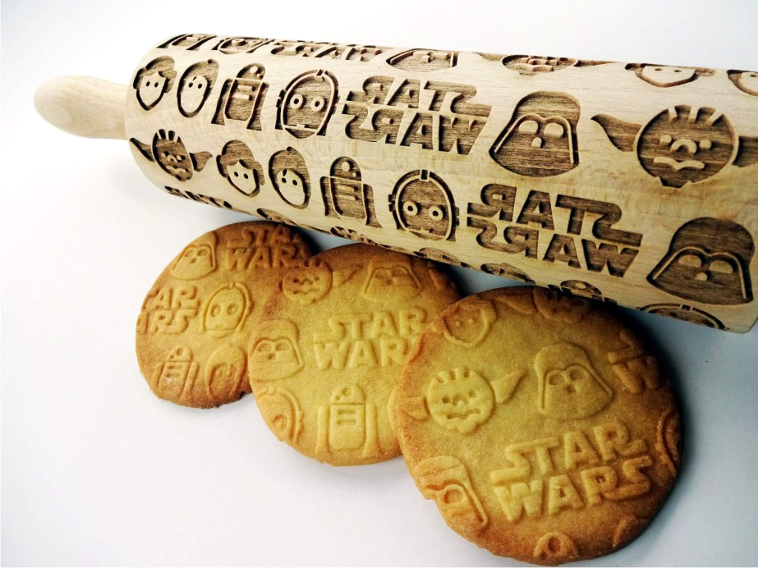 Darth Vader Christmas gift idea Yoda /& R2-D2 Star wars pattern Embossed Rolling Pin Star wars Engraved rolling-pin Star wars pattern