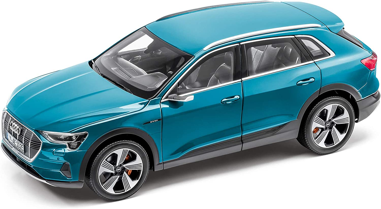 precioso Audi e-Tron 1 1 1 18 Antiguaazul  comprar mejor