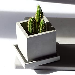 Atelier Ideco - Pot Flores Cuadrados Gris Concreto Con Agujeros de Drenaje Y Platillo Adjunto