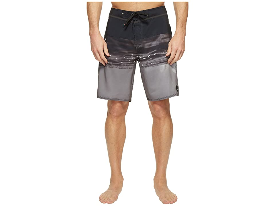 Quiksilver Hold Down Vee 19 Boardshorts (Black) Men