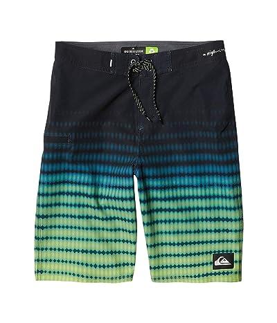 Quiksilver Kids Highline Upsurge 19 Boardshorts (Big Kids) (Green Glow) Boy